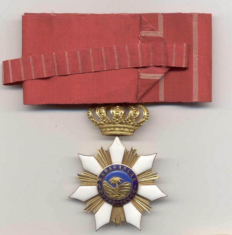 Madagascar Order of Merit of Radama II Cmdr reverse.jpg