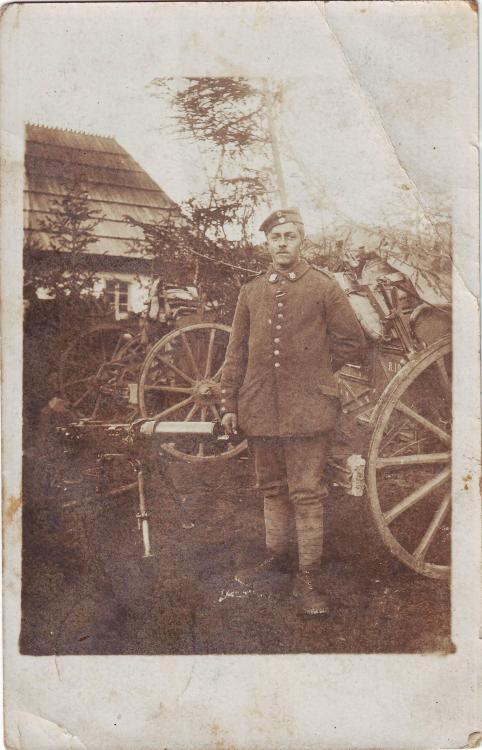 b.Res.Inf.Rgt.19 (b.8.Res.Div., Erzherzog Carl MG 08, Anhänger, Verbandsabzeichen).JPG