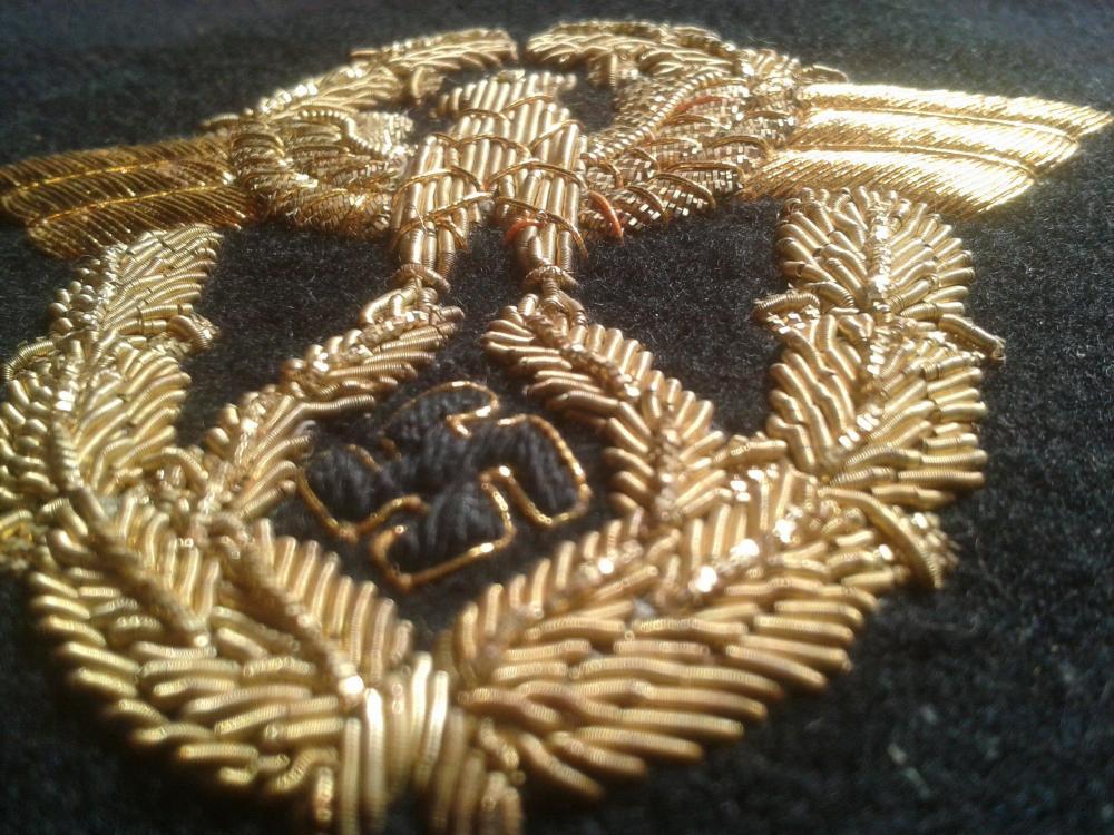 Wasserschützpolizei officer schirmmutze hand embroidered gold bullion insignia 2018-12-25 15.29.jpg