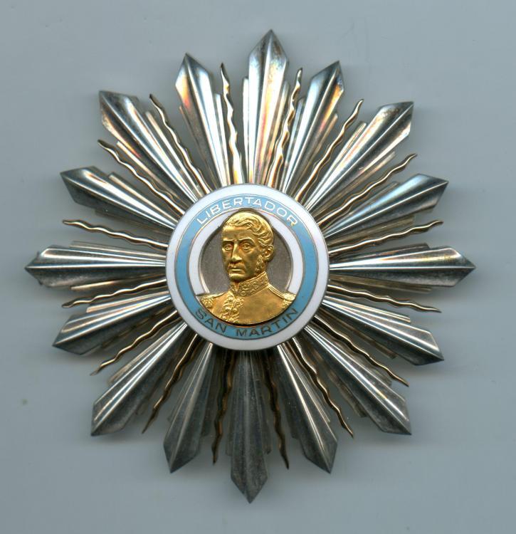 Argentina Order of San Martin Grand Officer breast star.jpg