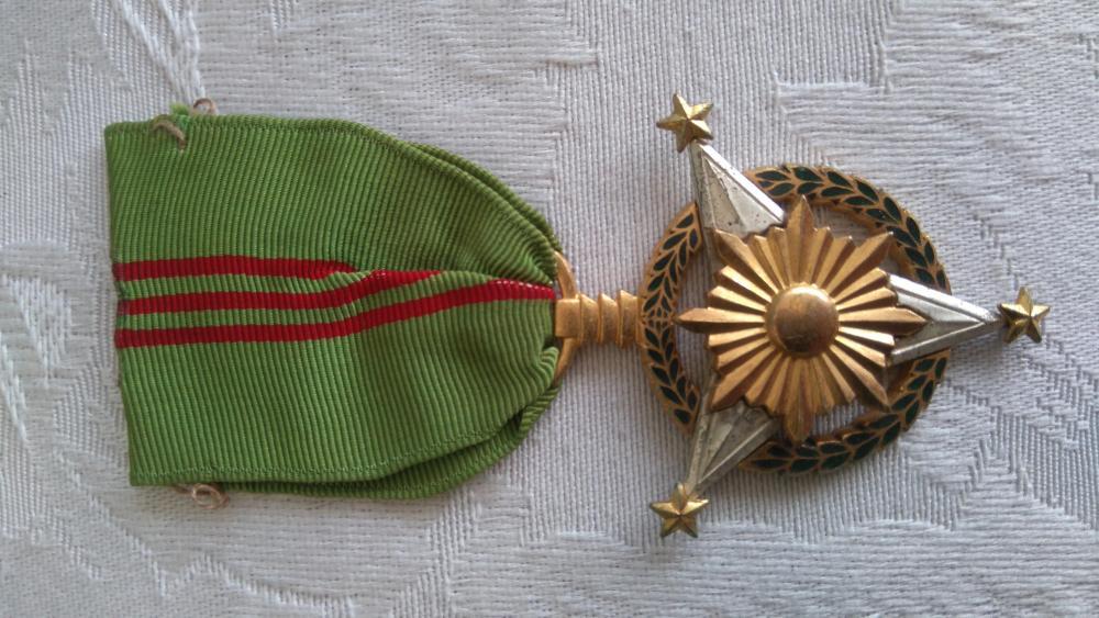 Philippines-Military_Merit_Medal(1)-O-D100.JPG