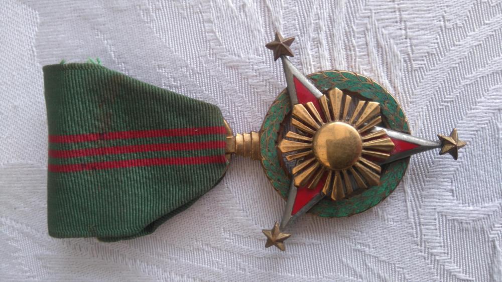 Philippines-Military_Merit_Medal(2)-O-D25.JPG
