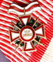 008b - MVK II + KD + Schw. - Kleine Dekoration Detail.jpg