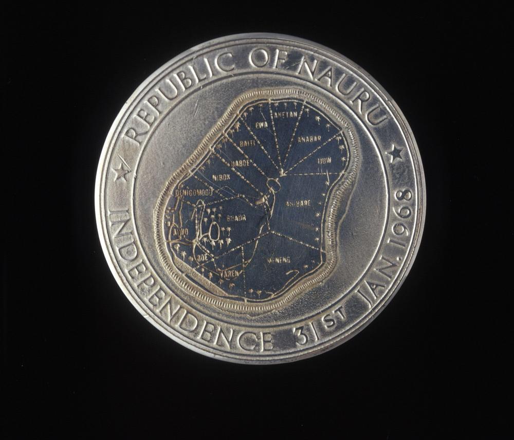 Nauru Independance Medal.jpg