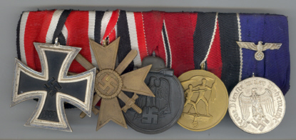 5_Place_Medal_Bar__39_EK2__WMC_with_Swords__Russian_Front__Czech_Occ__LS4_.jpg