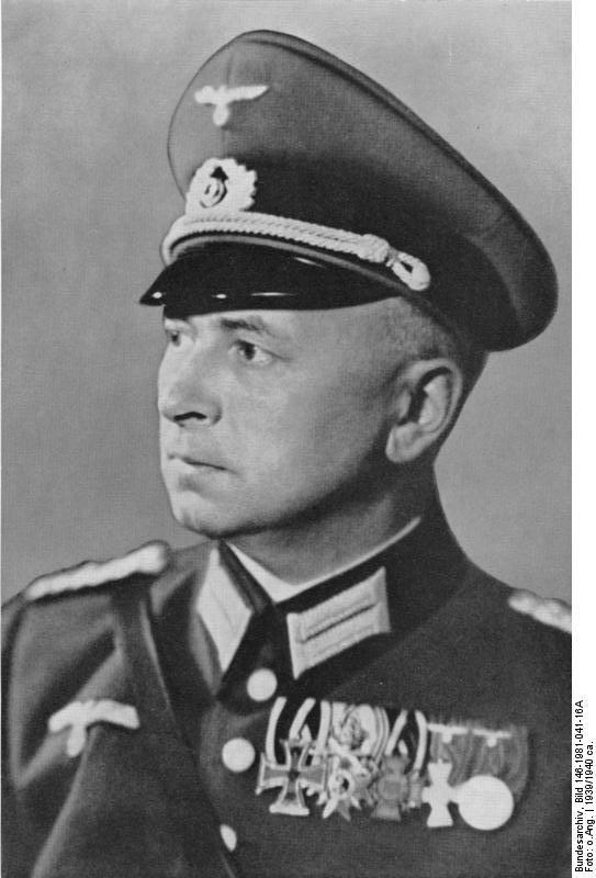 Bundesarchiv_Bild_146-1981-041-16A%2C_Eduard_Wagner.jpg