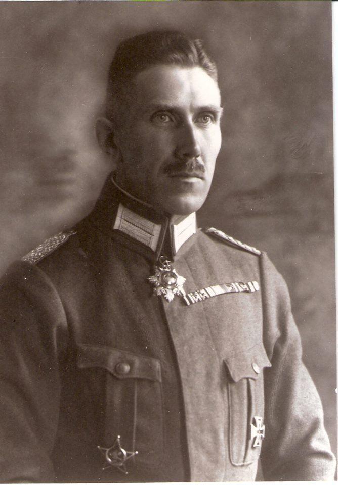 Yıldırım Ordular Grubu Kurmay Başkanı Miralay Franz von Papen.jpg