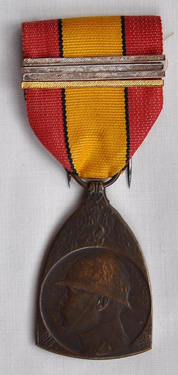 Commemorative Medal 14-18.jpg