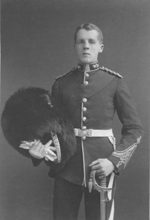 2nd-Lt._Cecil_George_Leslie.thumb.jpg.c6