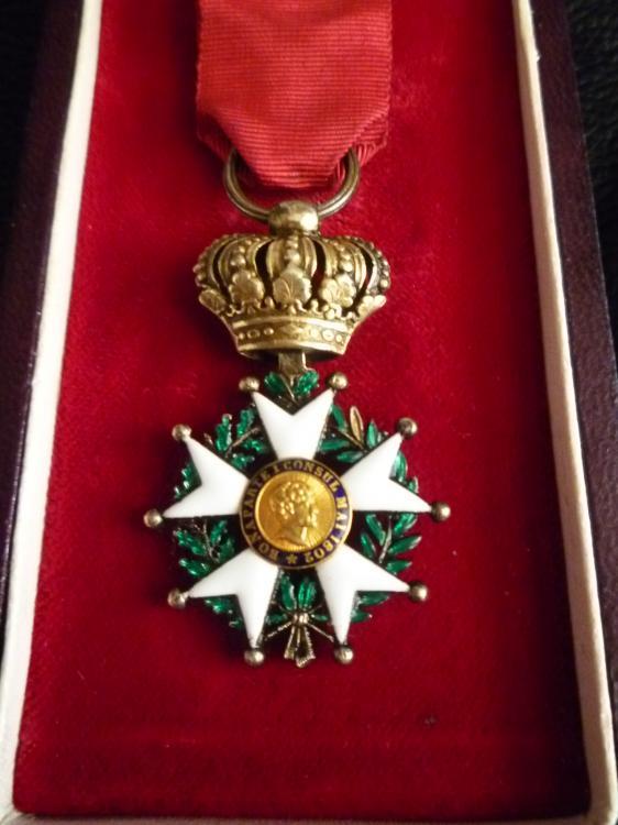 Medals 238.jpg