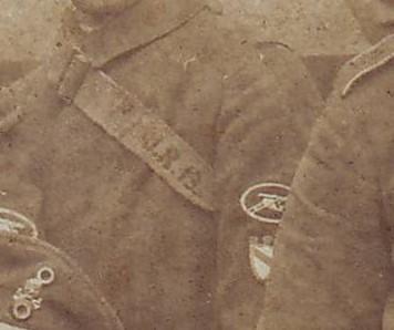 Freikorps (Totenkopf, Wappen, MG) - Kopie.JPG