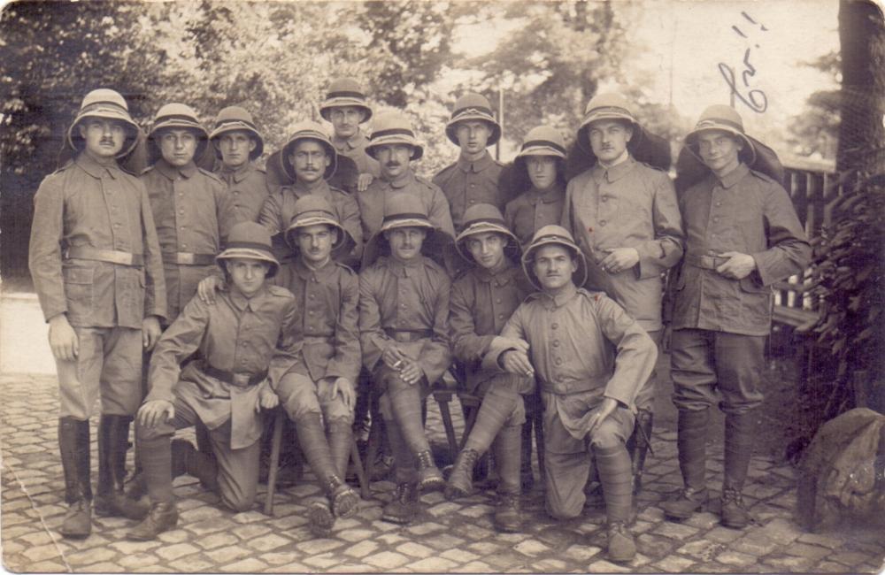 Asienkorps(Türkenbatterie, Tropenhelme).jpg