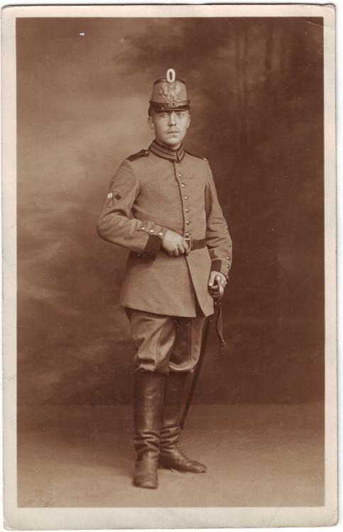 2.Garde-MG-Abteilung (franz. Aufschläge, Winkerabzeichen, Abkommandierung).JPG