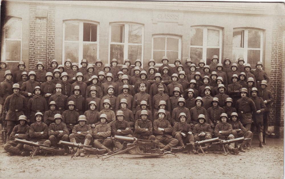 verschiedene (Gruppe, Stahlhelm, MG 08, 08-15, Infanterie).JPG