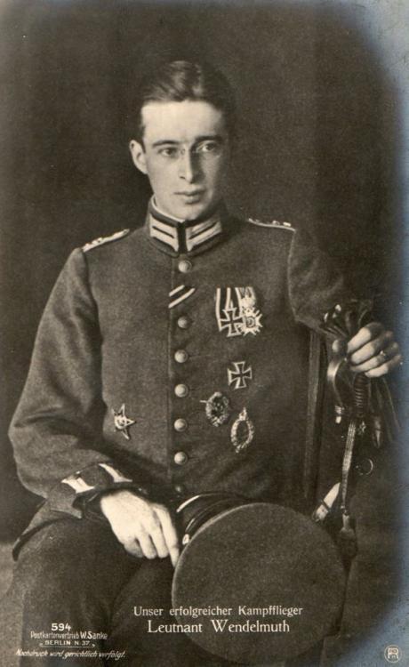 Pilot Leutnant (Pilot Teğmen) Wendelmuth.jpg