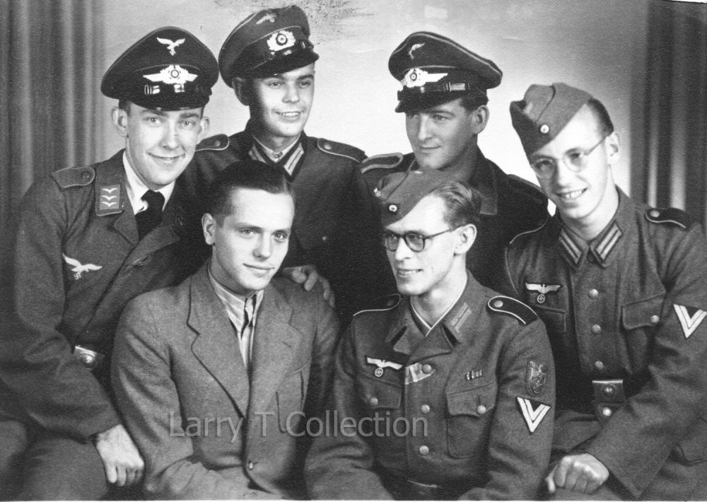 Obergefreiter with Krim Shield.jpg