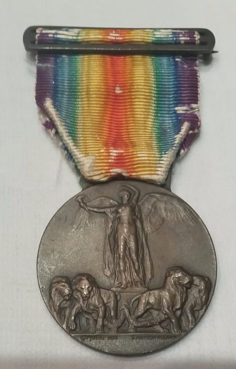 medalha-vitoria-interaliada-1-guerra-tipo-2-italia-485421-MLB20789367424_062016-F.jpg