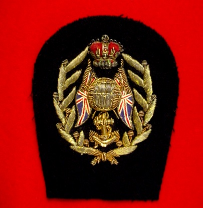 Royal Brit Navy Cap Badge.jpg