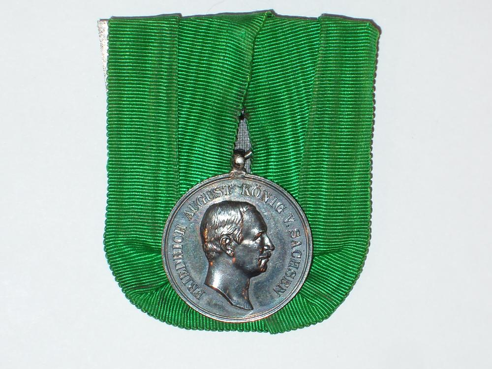 Saxony_Medal_for_Loyalty_in_Work.jpg