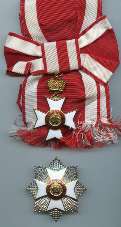 Tonga Order of the Crown Grand Cross Set Type 2.jpg