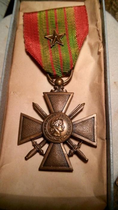 914116057_2_1000x700_medalha-militar-cruz-de-guerra-1939-imagens_rev005.jpg