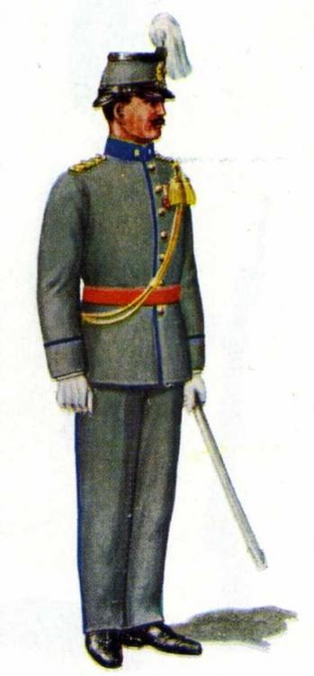1913, Officier der Infanterie in marstenue.jpg