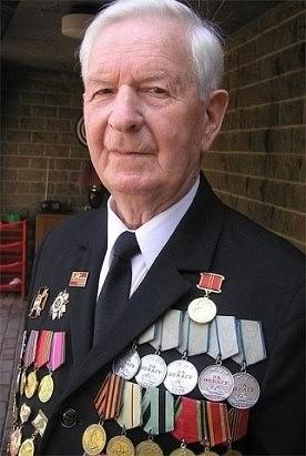 Алексей Воронов – один из 17 ветеранов ВОВ, вернувшихся домой кавалером целых пяти медалей За отвагу.jpg