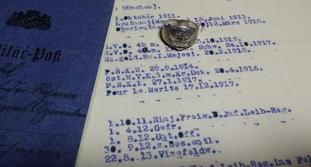 ring1.thumb.jpg.1f76aa6671ee235f665107829f395f5a.jpg