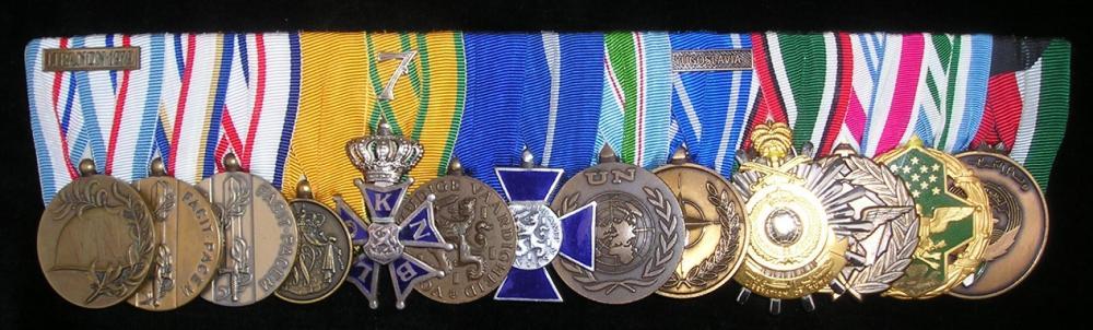 medal bar gulf war.jpg