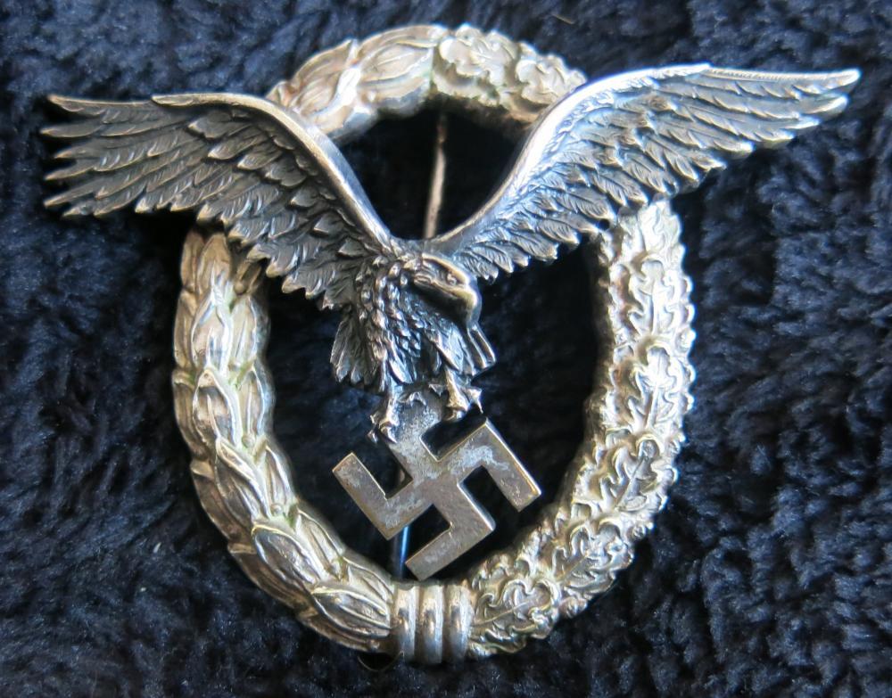 C. E. Juncker Flugzeugführerabzeichen 001.JPG