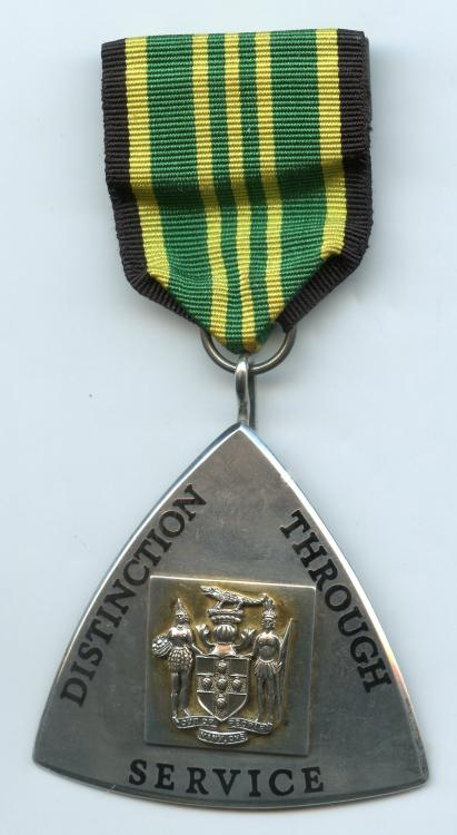Jamaica Order of Distinction Officer obverse.jpg