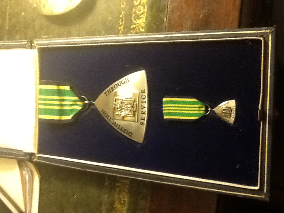 Jamaica Order of Distinction Officer obverse.jpeg