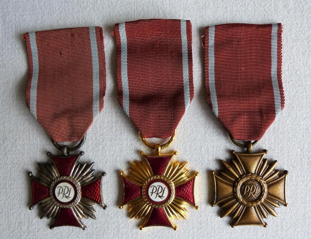 !!My 3 Crosses of Merit--gold,silver,bronze 15Euro.jpg