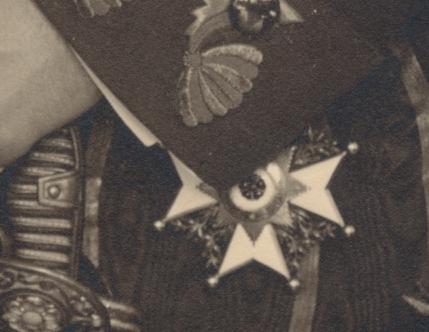 Lippe-Leopold_IV-Portrait (Nr5)_März 1913-detail.jpg