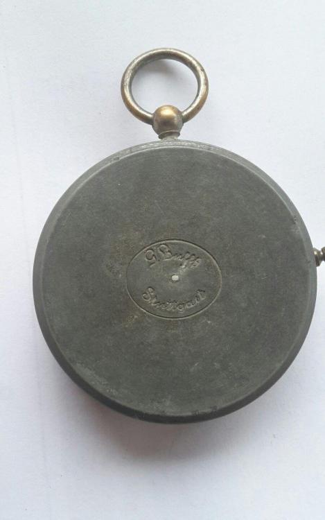 kompass.thumb.jpg.b6564183a996f5de86f95619ba406a2b.jpg