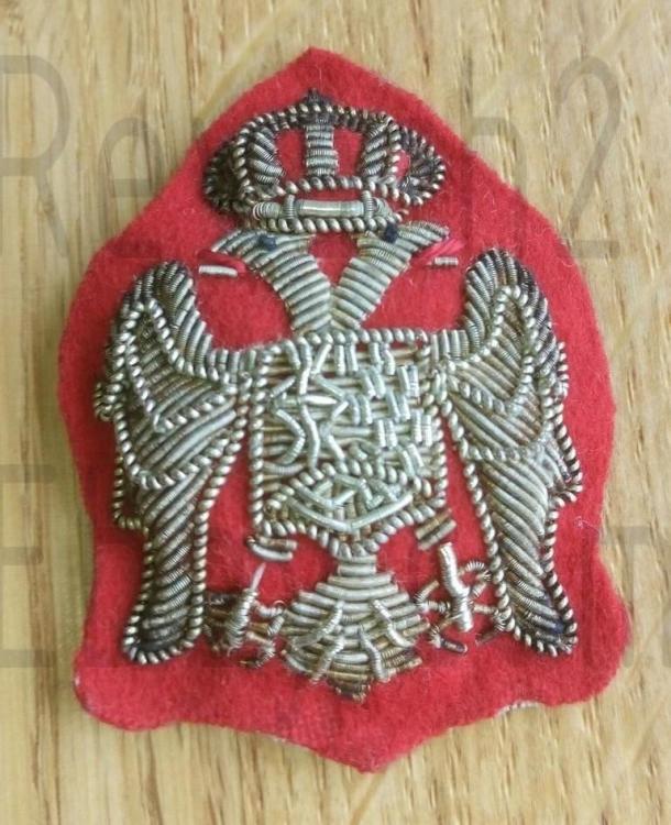 original-kingdom-yugoslavia-chetnik_1_a89648f65812192070cb2d915210a40e.thumb.jpg.cff636f930303157c4ddcb5cf2f9ecf8.jpg