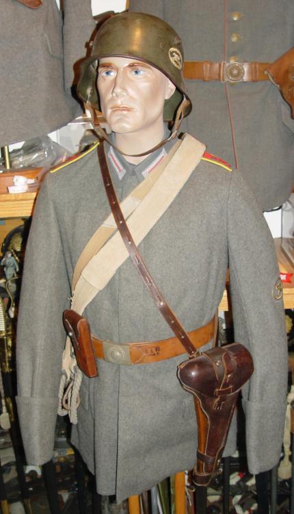 Garde Grenadier Nr 3 c.jpg