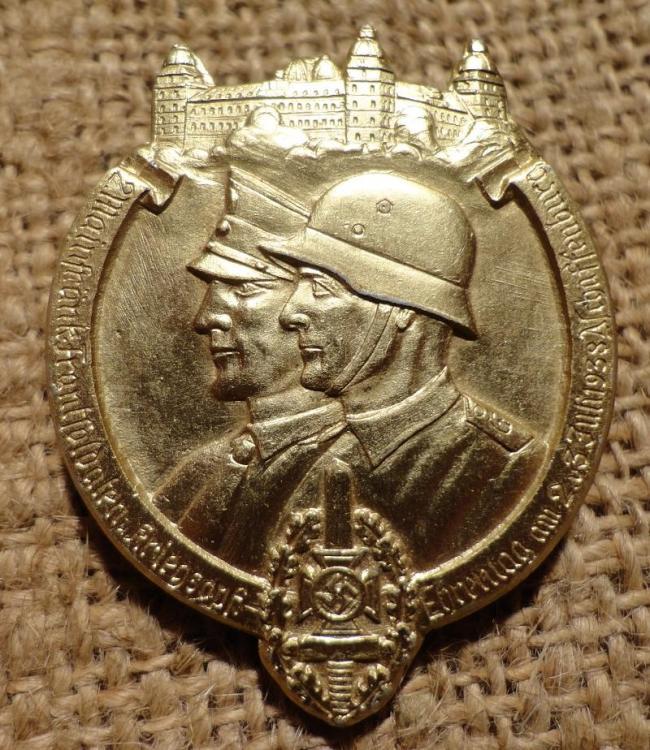 2. Mainfränkischer Frontsoldaten und Kriegsopfer Ehrentag am 2. und 3. Juli 1938 Aschaffenburg (Gold).JPG