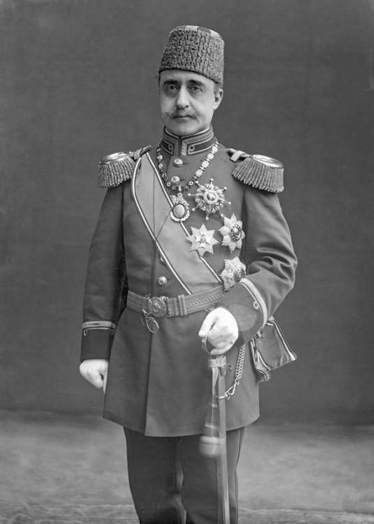 Z.K.H._Prins_Yusuf_Izzedidin_van_Turkije_1857-1916.thumb.jpg.5ae6972324e599586e61c29f717e7ee1.jpg