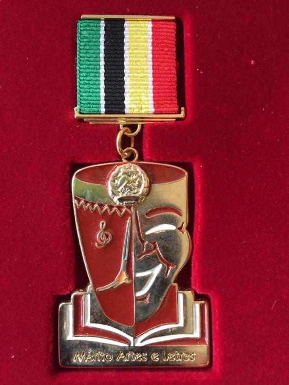 Mozambique Medal of Merit of Arts & Letters Medalha de Merito Arte e Letras.jpg