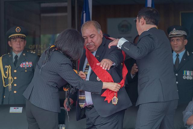 Nauru President Baron Waqa with President Tsai from China with Award of Brilliant Jade.jpg.jpeg