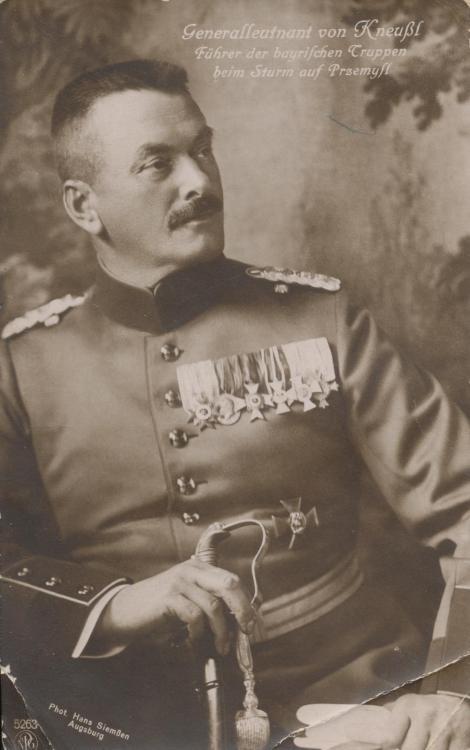 Lippe-Generalleutnant von Keussel Foto PK.jpg