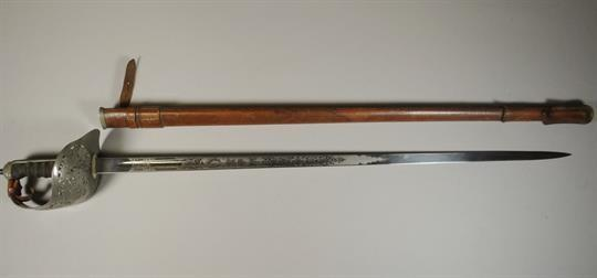Let's Talk British Swords - Swords & Edged Weapons