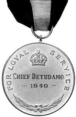 Nauru Loyal Service Medal reverse (sold 800 AUD in 1998).jpg