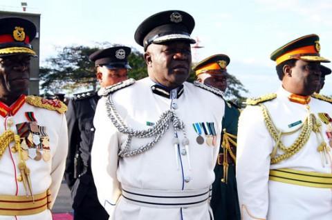 former-Zambia-Army-Commander-Lieutenant-General-Wisdom-Lopa-former-ZAF-Commander-Lt.-General-Andrew-Sakala-and-former-Zambia-National-Service.jpg