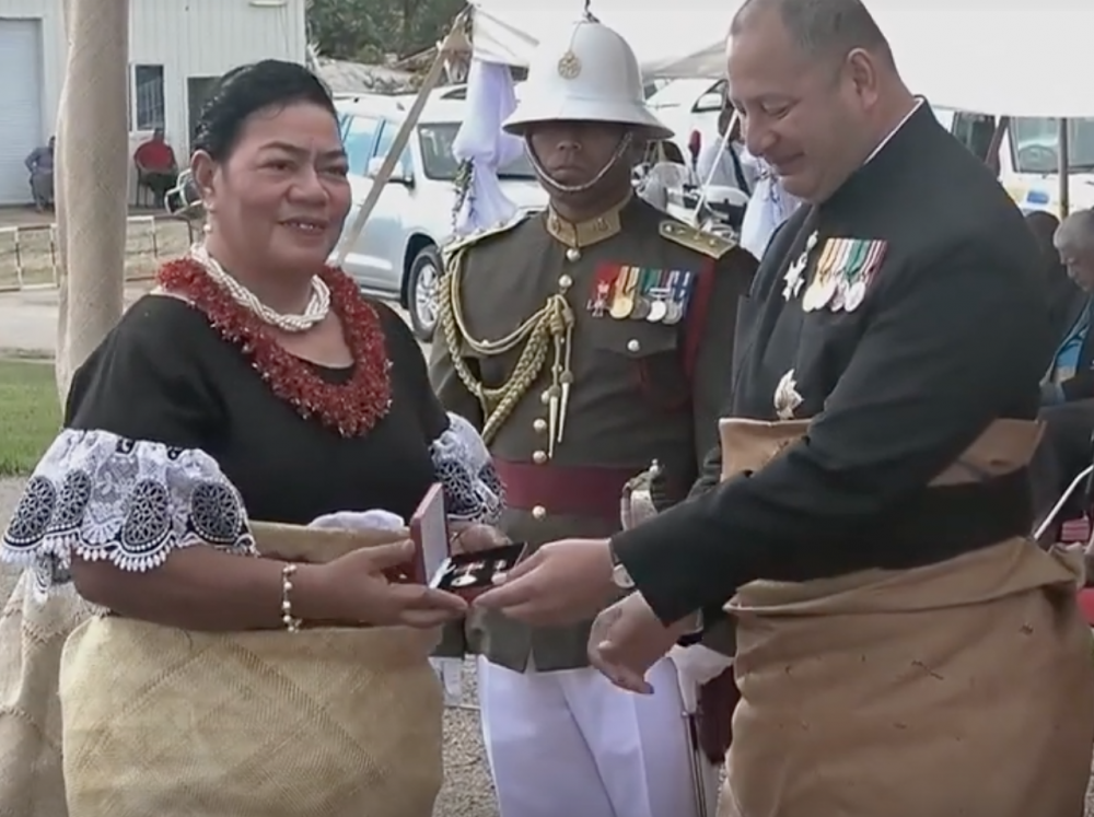 Tonga 7 June 2019 Presentation of the Police LSGC Medal.png