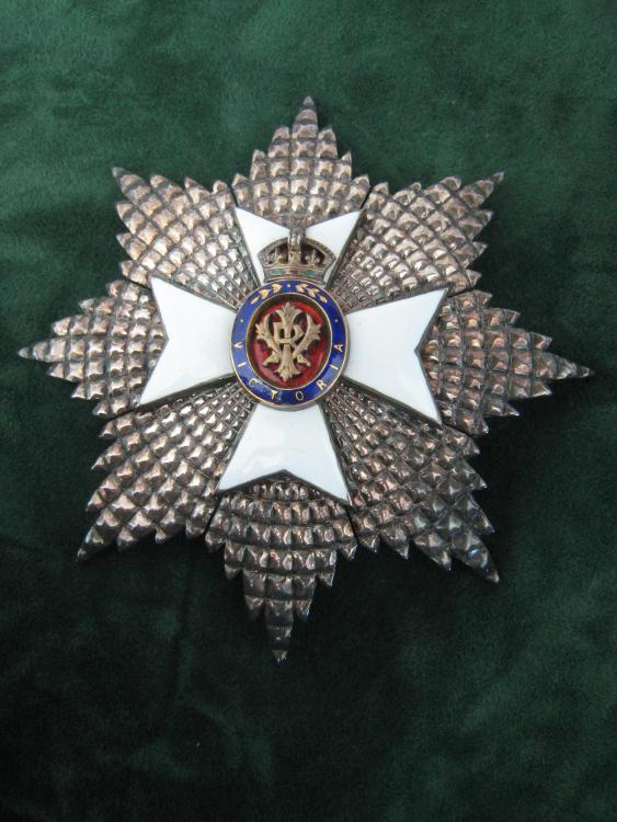 UK 00 - GCVO - Breast star obverse.JPG