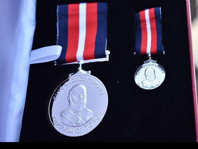 Tonga Police Medal for LSGC.jpg