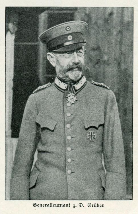 GRÜBER - GENERALLEUTNAT z.D. GRÜBER (b).jpg