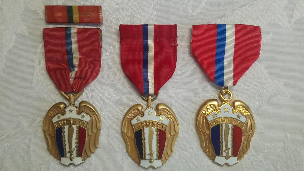 Philippines-Liberation Medals,1944-1945-O.JPG